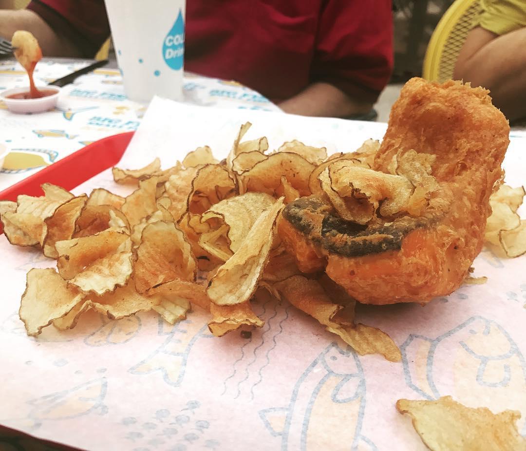 Unique fish and chips- big fish small fish-min