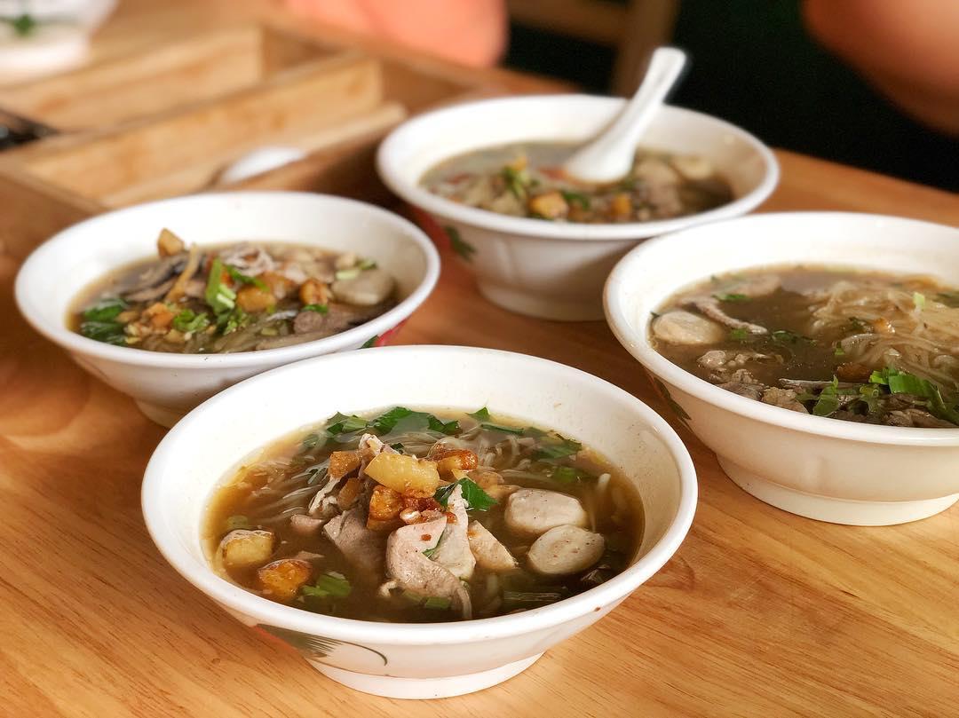King Albert Park Food - Royal Thai Boat Noodles & Bar