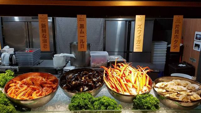 Sushi Buffet Food Places - (2)