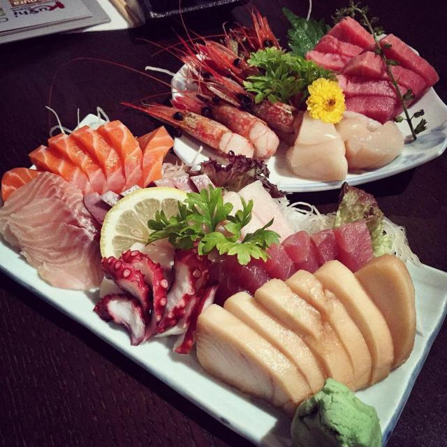 Sushi Buffet Food Places - (9)