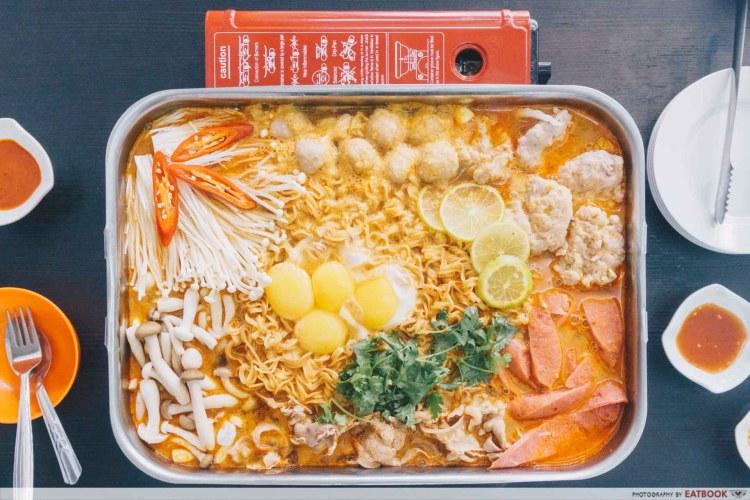 Thai Goldmine Kitchen - (3)
