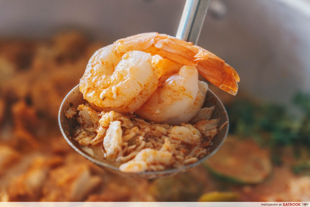 Flying Wok - Prawn And Crab Meat