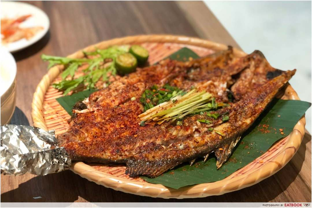 May Restaurants 2019 - Yun Nans Charcoal Grilled Seabass with Lemongrass