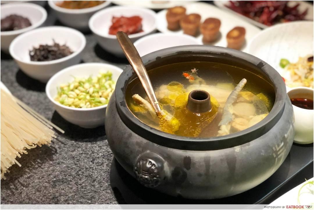 May Restaurants 2019 - Yun Nans