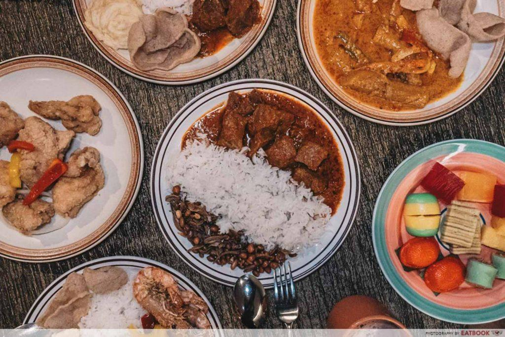 Spread of Indonesian food
