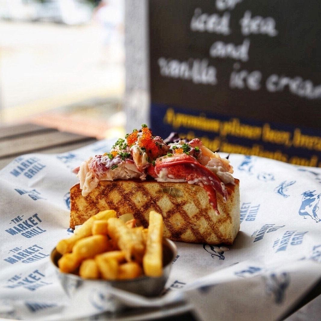 lobster rolls the market grill