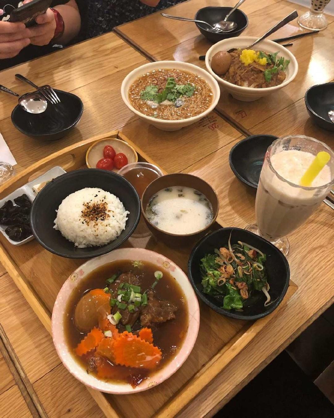 Taiwanese eateries - 8 Degress Taiwanese Bistro