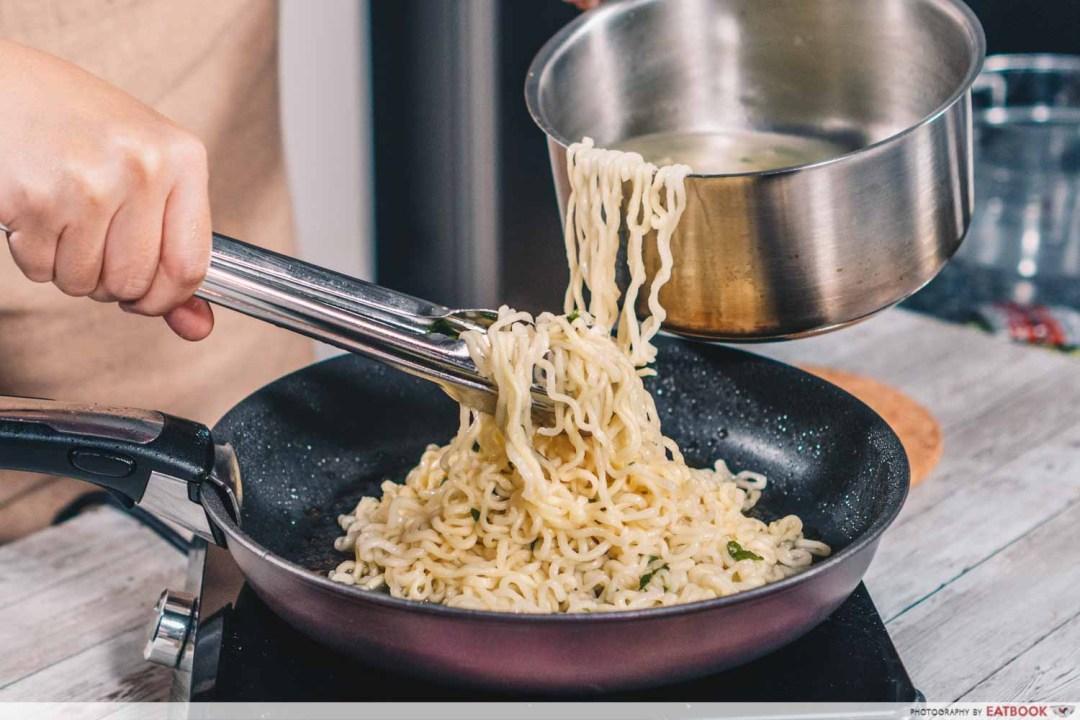 Parasite Ram-don recipe - Transfer to pan