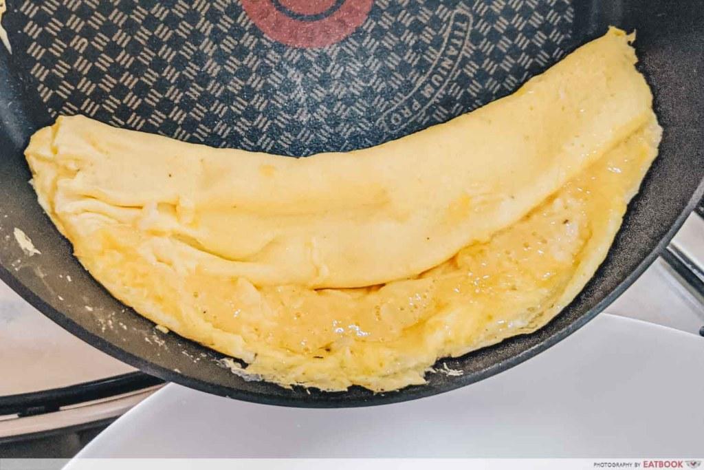 Easy Omelette Recipe French omelette turn
