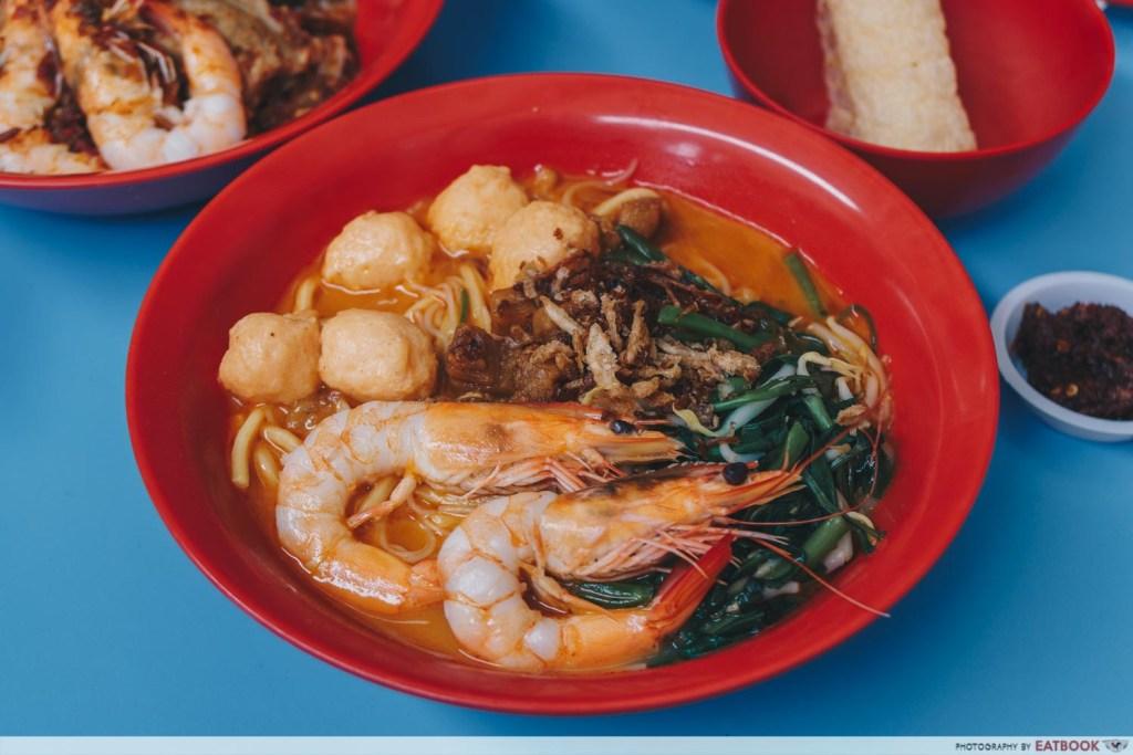One Prawn Noodle prawn noodle soup with prawn ball