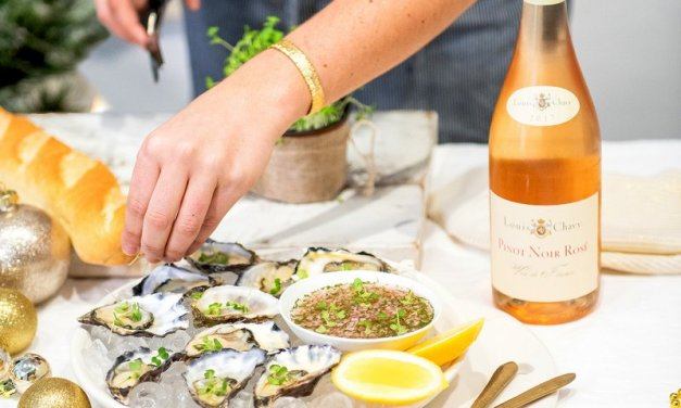 Do you like your oysters nude, topped or drizzled with an easy delicate Rosé mignonette oyster dressing