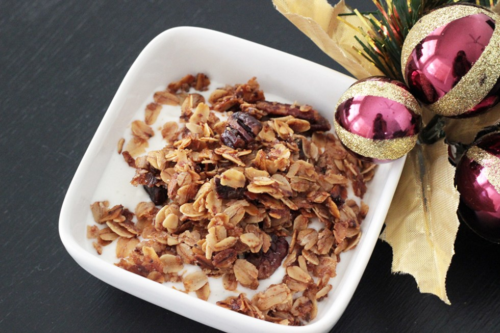 easy-to-make-christmas-granola