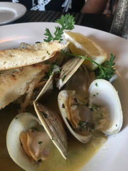 Clams at KitchenBar