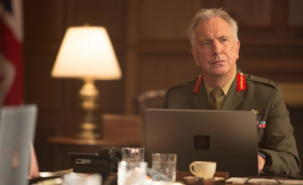 Alan Rickman as Lieutenant General Frank Benson