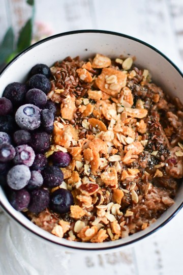 Hot Chocolate Oatmeal Bowl 1