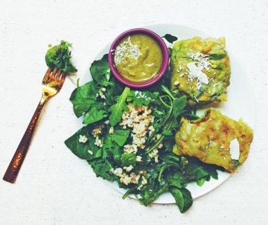 羽衣甘藍包、印度餃子、酸辣醬