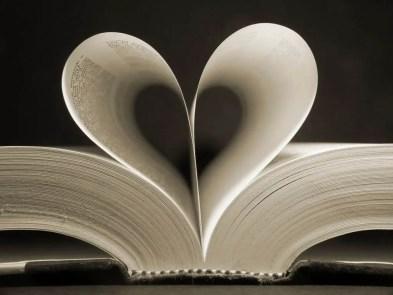 Love-book-Fotolia-CIA-1024x768_compressed