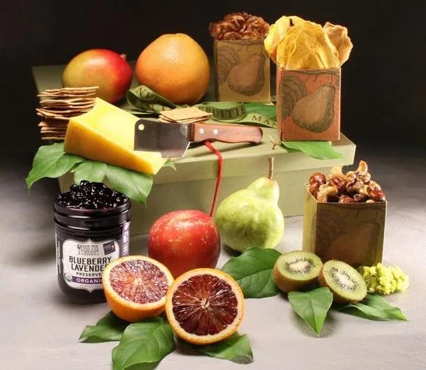 Organic Fruit gift- Basket from Manhattan Fruitier