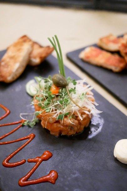 Tartar de salmón - 21€