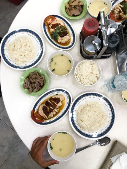 Lucky Chicken Rice en Lucky Plaza