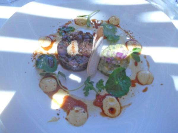 Springbok tartare with spicy avo