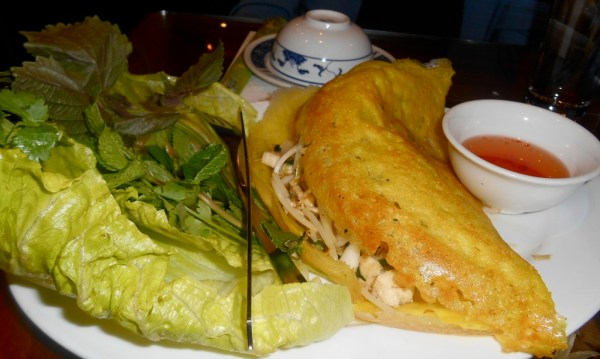 Crispy omelette stuffed with delicious chicken and bean sprouts