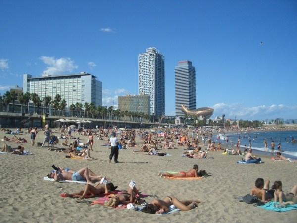 barceloneta-playa-barcelona-yes