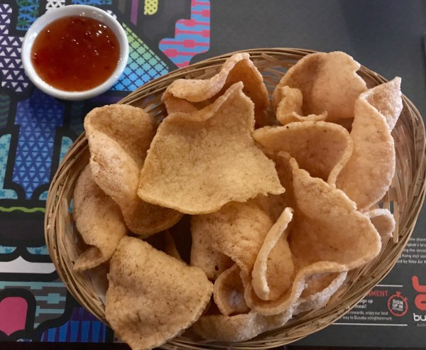 Busaba: prawn crackers