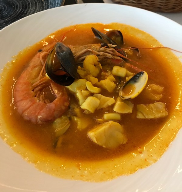 Alicante: seafood soup