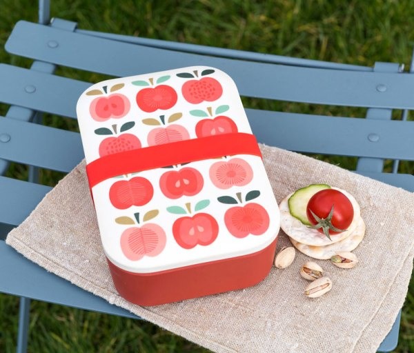 Competition: Vintage Apple lunchbox