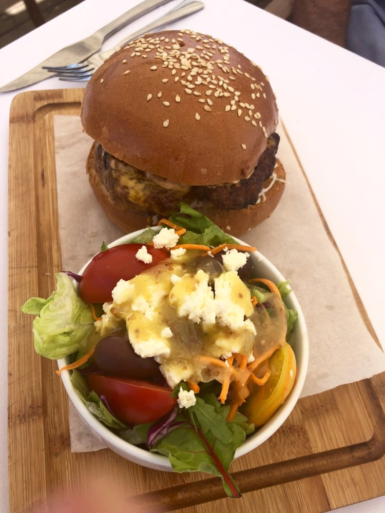 The Bungalow: burger