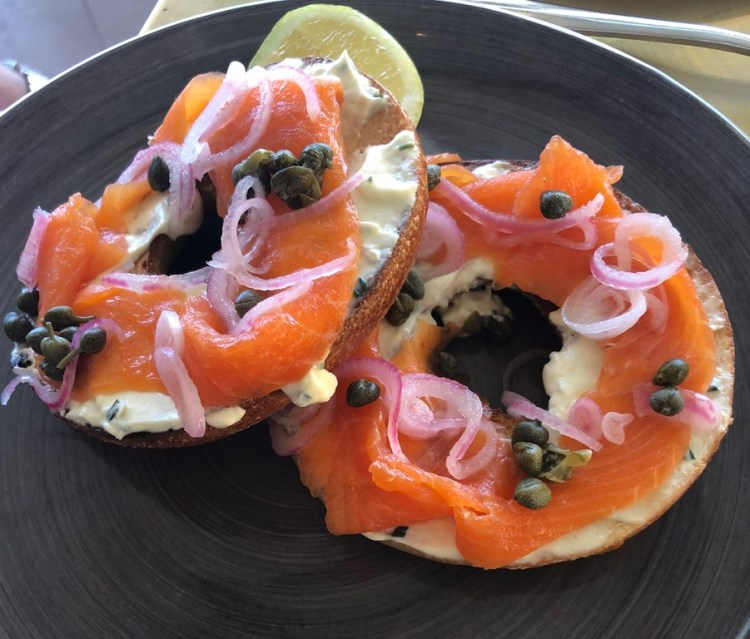 Lily's: smoked salmon bagel
