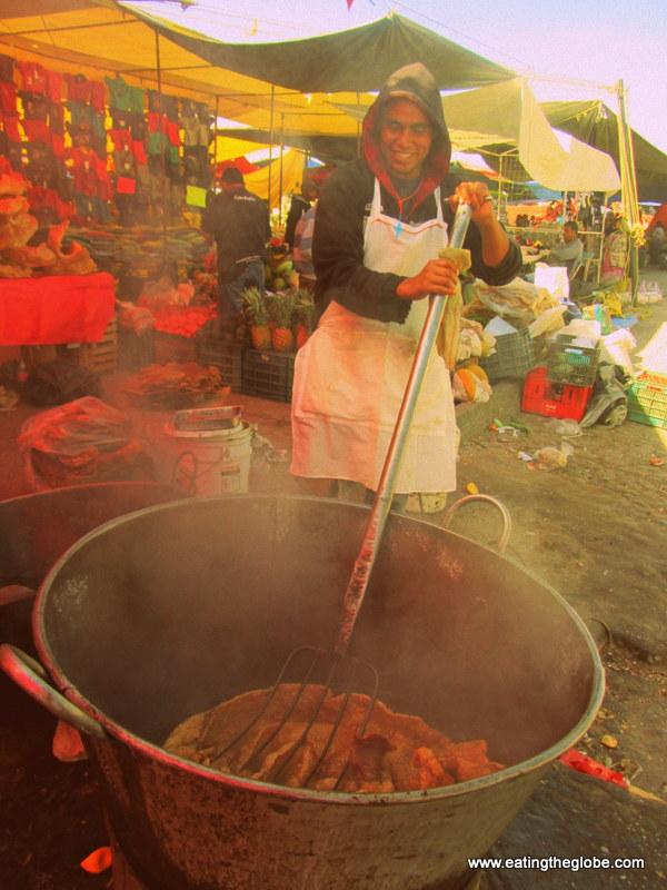 Frying the Chicharrón/ Tuesday Market