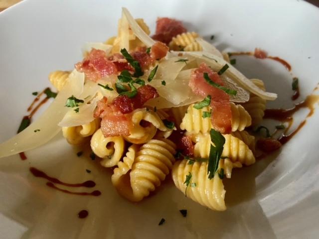 The Charleston Foodie Bucket List-The Best Restaurants In Charleston