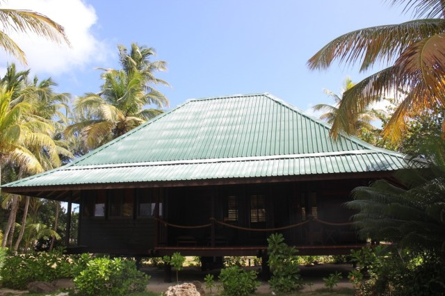 My lodgings for my 5 nights on Palm, a stones throw from the sea