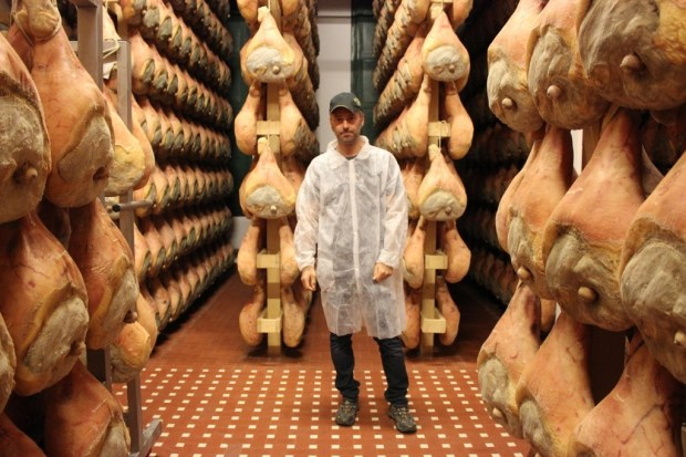 I had a tour through the whole process with the owner Giovanni. I love a tour by a producer, always fascinating, and more on that soon.