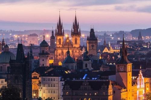 Anthony Bourdain in Prague Hero