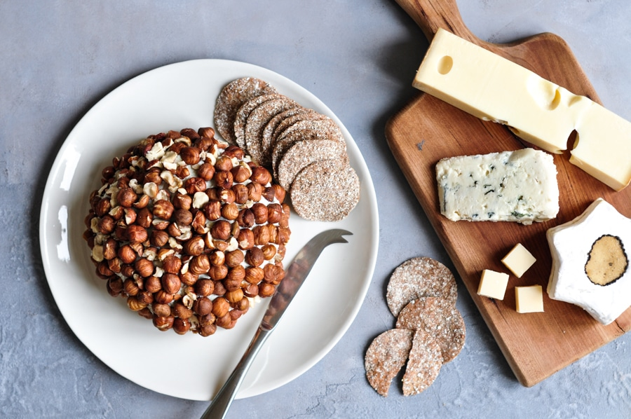 roquefort cheese ball on plate with crackers