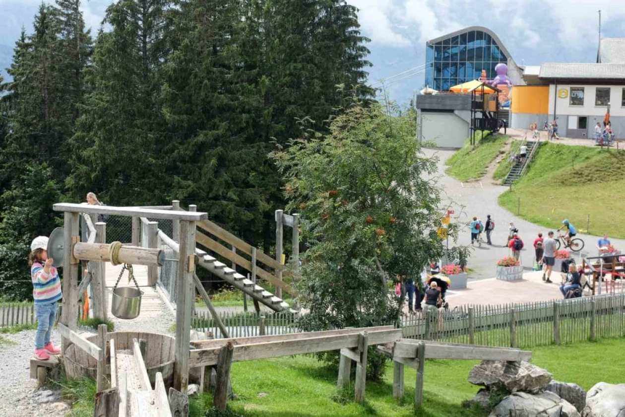 water playground with wells and troughs at brunni engelberg