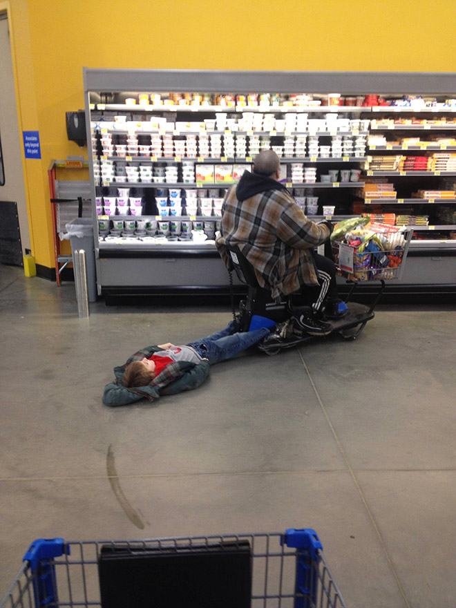 Crazy Walmart Photos : crazy, walmart, photos, Missing, Malls,, Here's, Reminder, People, Walmart…