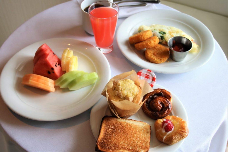 Norwegian Cruise Haven Penthouse Suite room service