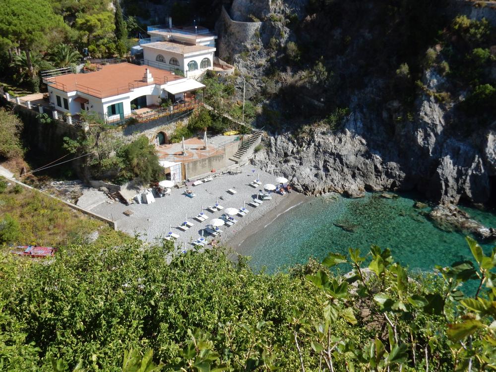amalfi coast beaches