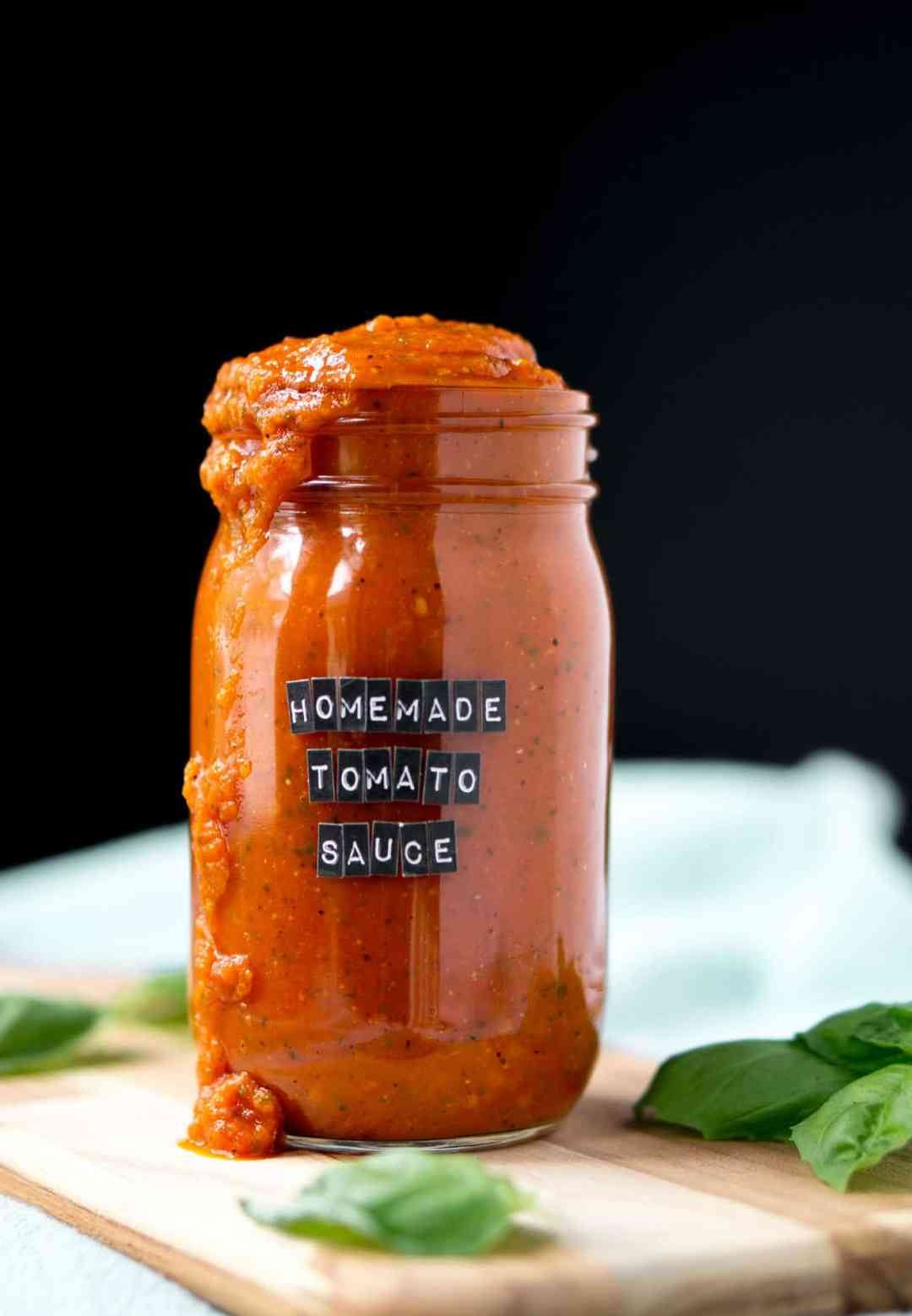 Simple-Homemade-Tomato-Sauce-Falvorful