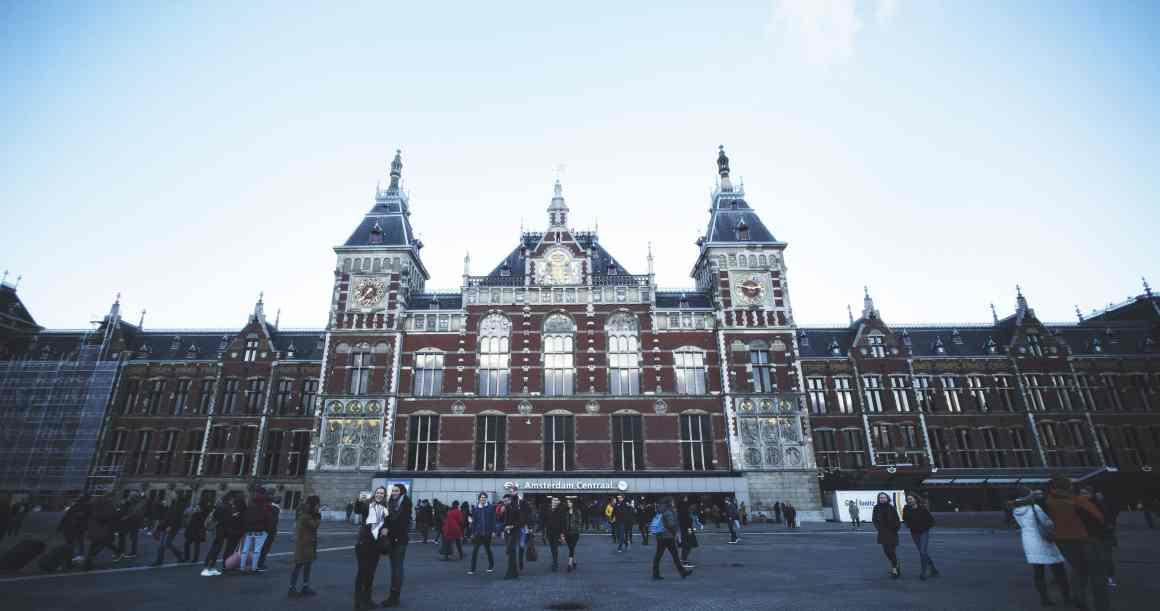 amsterdam-centraal-eatmytravel