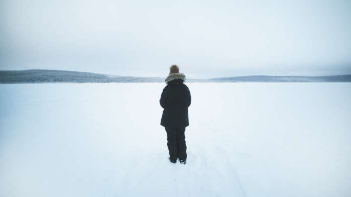 lac gelé à kiruna en laponie
