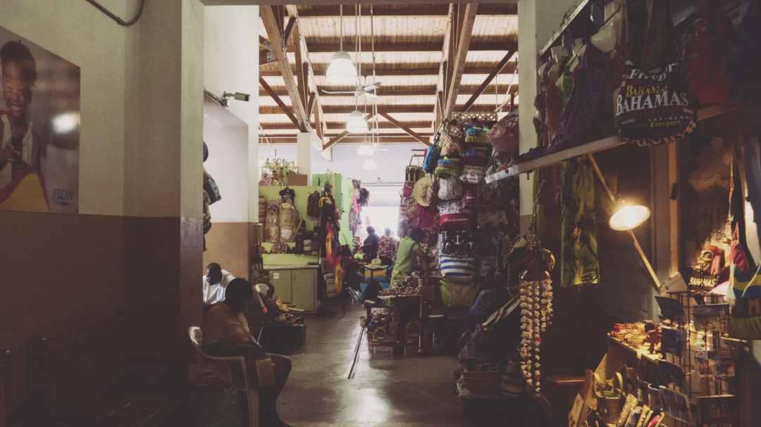 Les étales du Straw Market à Nassau