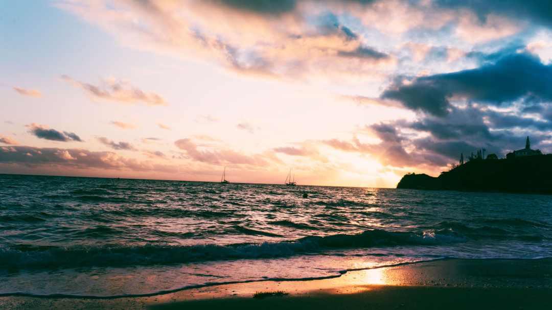 Le coucher de soleil de la baie des citrons