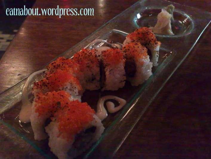 Toratatsu Tapas Bistro: Dragon Roll sushi