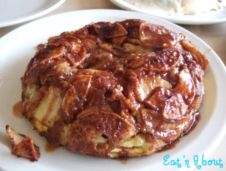 The Original Pancake House: Apple Pancake