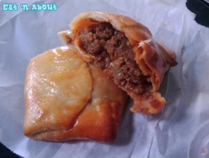 Empanada Hut: Beef Empanada